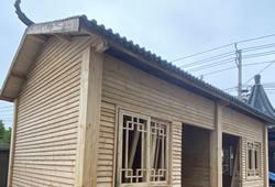 防腐木木屋多少钱一平方,附含防腐木木屋安装效果图